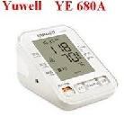 Máy đo huyết áp điện tử Yuwell YE 680A